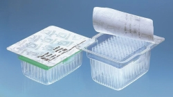 Pipette tips racked in TipRack, sterile, BIO-CERT®